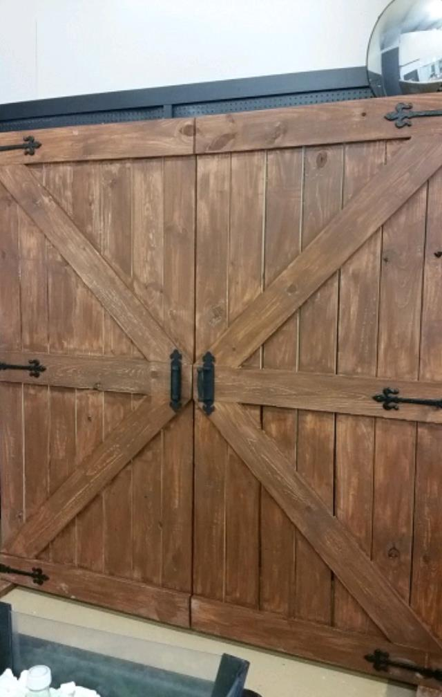 Where to find BACK DROP, BARN DOOR  BROWN in Eunice